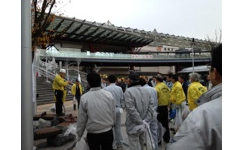 岐阜駅清掃してきました。