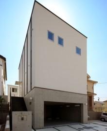 RC造ガレージとcasa cubeが融合した混構造長期優良住宅