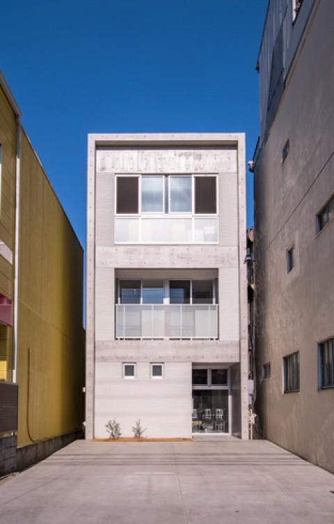 シンプルで落ち着いた雰囲気のRC住宅